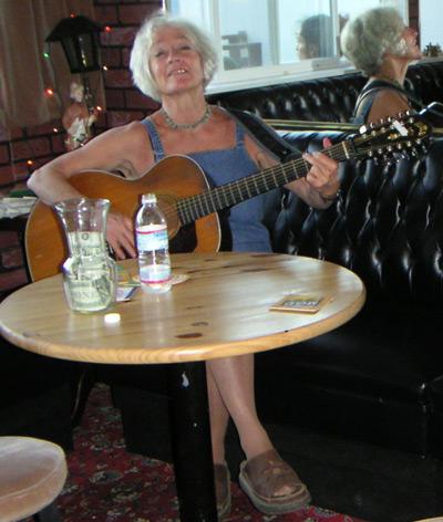 Joan Shaw - Sings For Swingers